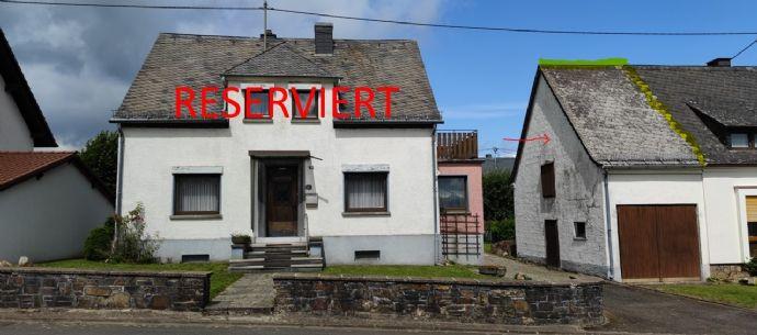 Freistehendes Wohnhaus mit Anbau Scheune