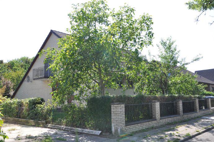 Familienidyll! Einfamilienhaus mit großem Garten in Hummelsbüttel