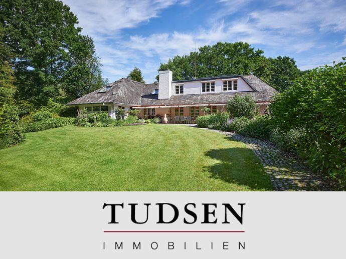 Großzügige Villa auf 3.000 m² Ausnahme - Naturgrundstück in sehr bevorzugter Wohnlage.