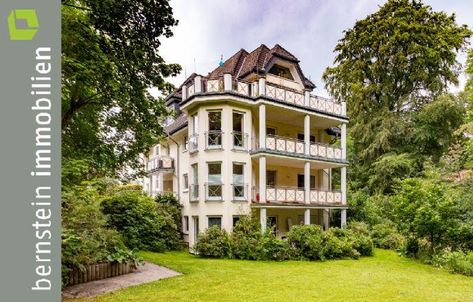 Forsbach: Charmante Wohnung mit Parkblick & Loggia-Sitzplatz