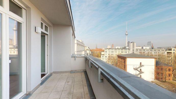 Einzigartiges PENTHOUSE mit Blick auf Fernsehturm - in Berlin-Mitte an der Spree -