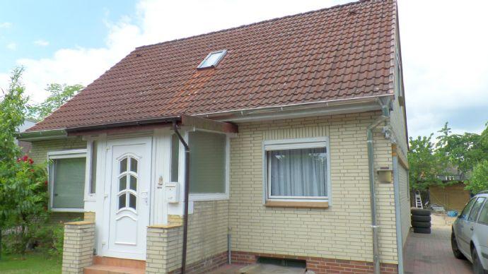 Freistehendes Haus in ruhiger Lage im schönen Ahrensburg