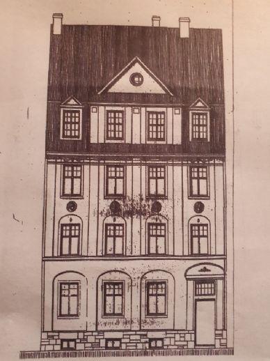 Sanierungsbedürftiges Mehrfamilienhaus in Naumburg