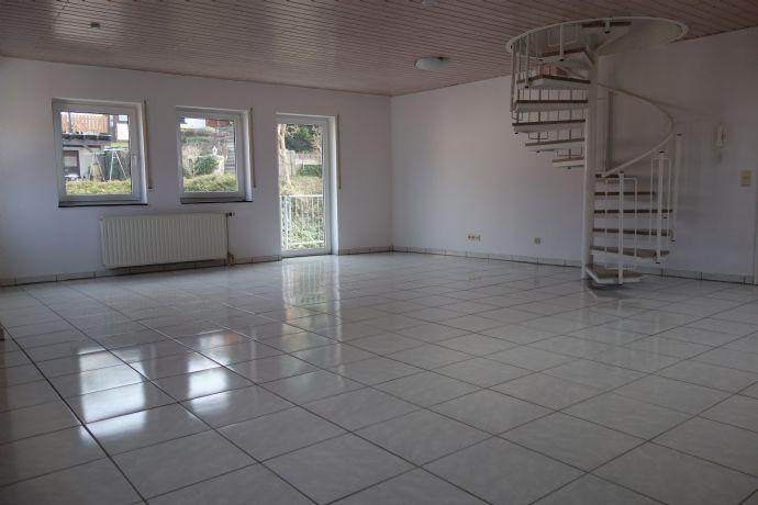 Helle 3,5-Zi.-Wohnung mit Hauscharakter, zentral in Reichenbach gelegen, zu vermieten