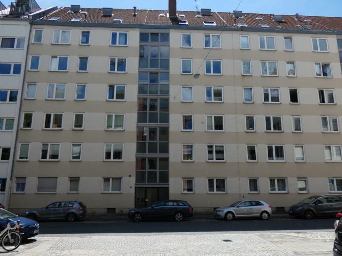 TOP KapitalanLAGE! Möblierte 1-Zimmer-Terrassenwohnung in unmittelbarer TH-Nähe an der Wöhrder Wiese