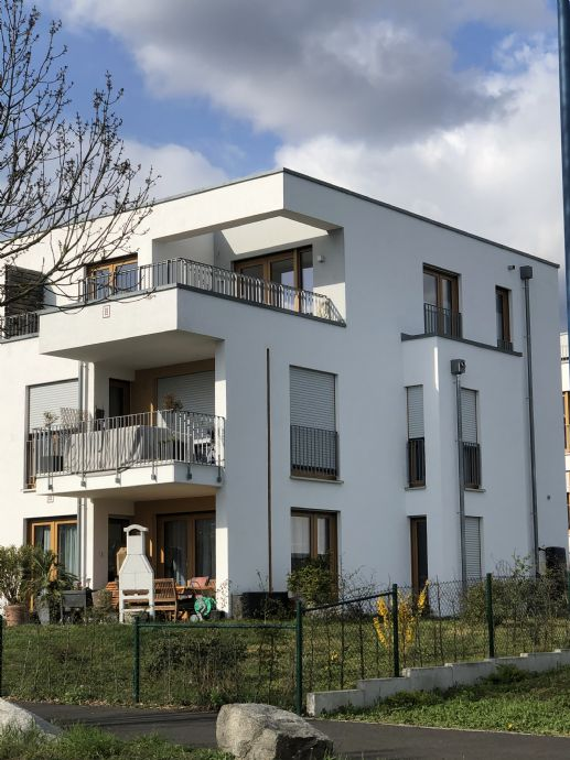 Traumhaft schön!  2,5-Zi.-Penthouswohnung mit 17qm Dachterrasse in Wiesbaden