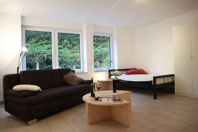 Erstbezug nach Sanierung: exklusive 1-Zimmer-Wohnung mit EBK in Neukirchen-Vluyn