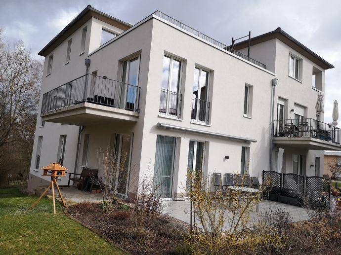 Hier fühlen Sie sich wohl! 4-Zimmer-Wohnung mit Balkon und Einbauküche