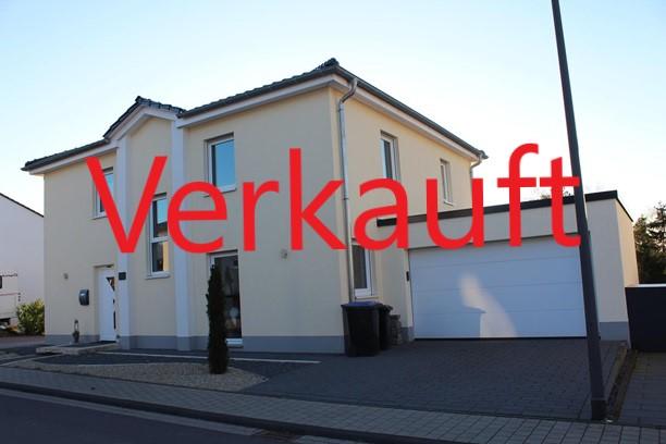 Wunderschönes, freistehendes Einfamilienhaus mit Weitblick ins Moseltal