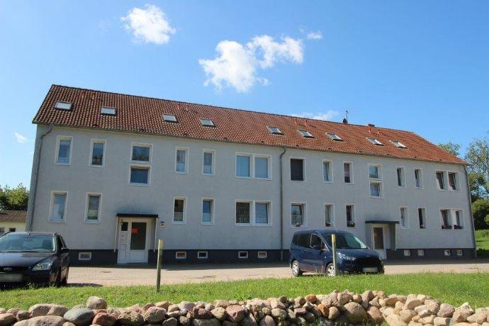 Helle 3-Raum-Wohnung nahe Güstrow