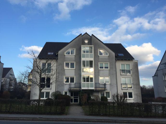3 Zimmer Dachgeschosswohnung mit Balkon