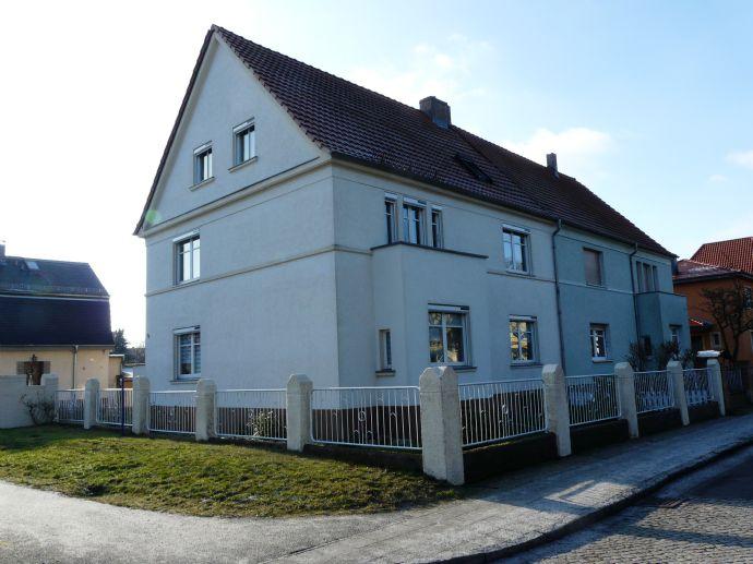 Zweifamilienhaus in bester Lage von