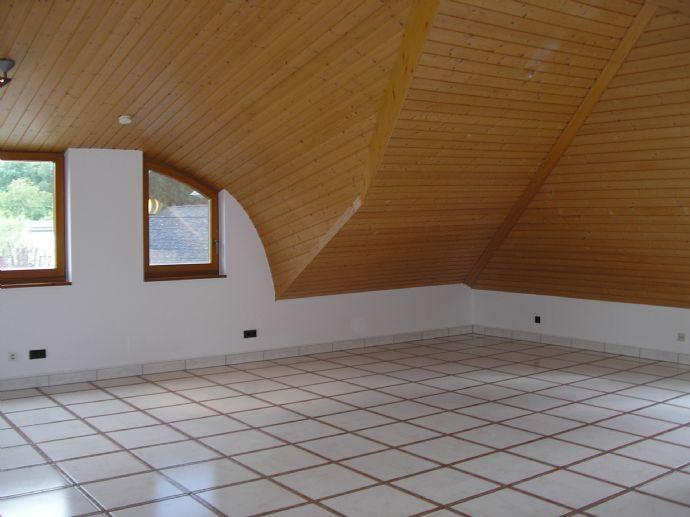 Charmante 3-Zimmer-Maisonette-Wohnung in Langen, Oberlinden