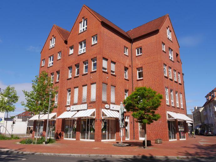 3 Zimmer-Wohnung mit Loggia mitten in der Stadt