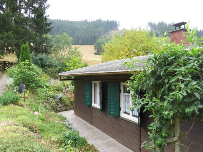 Sommer-Wohn-Haus mit Blick über das Sormitztal --- OT Hockeroda