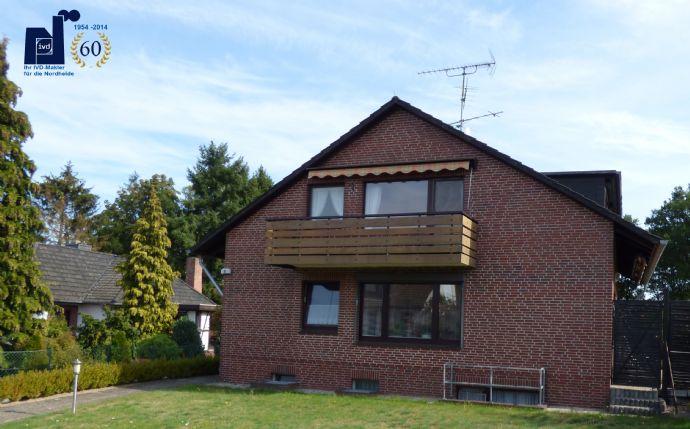 Gepflegtes Zweifamilienhaus auf großem Grundstück in toller Ortsrandlage (frei lieferbar)