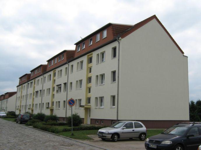 Ländlich gelegene 3-Zimmer-Wohnung mit Balkon am Ortsrand von Klieken