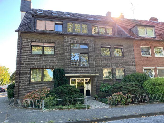Gut geschnittene, schöne Wohnung in Duisburg-Großenbaum