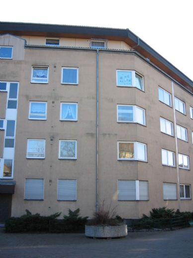 Große 3  Zi Dach-Whg. in gepflegter Wohnanlage in einer Grünanlage  Nähe Spandauer Arcaden