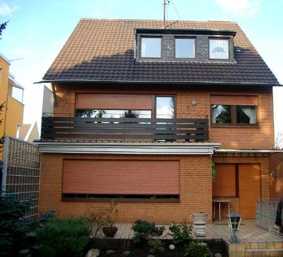Exklusives Baugrundstück und Dreifamilienhaus auf