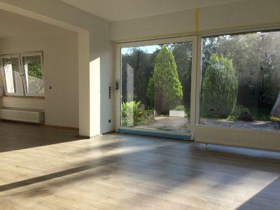 Erstbezug! Exklusive 2 Zimmer Wohnung mit TOP Ausstattung und Garten!