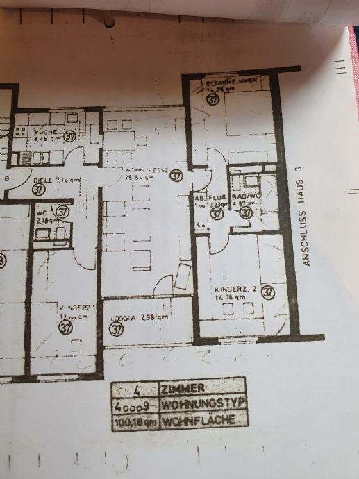 Monheim am Rhein - Wohnung mit Balkon im 2. Stock, 4 Zimmer