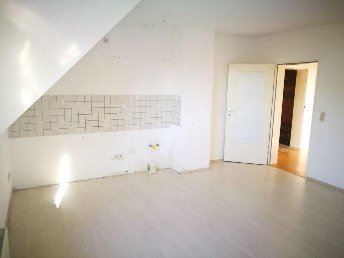 +++ großzüge 2-Zimmer-Wohnung +++