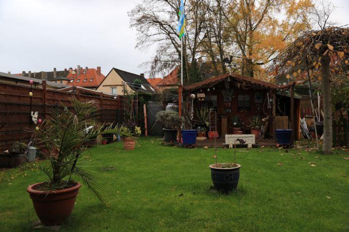 Reihenmittelhaus in Wedau, 3 Einheiten, Garten, viel renoviert, Wintergarten, u.v.m. - Sehr begehrte Lage