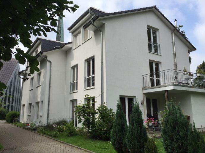 Verkauf eines Dreifamilienhauses in ruhiger Lage von Hamburg Rahlstedt