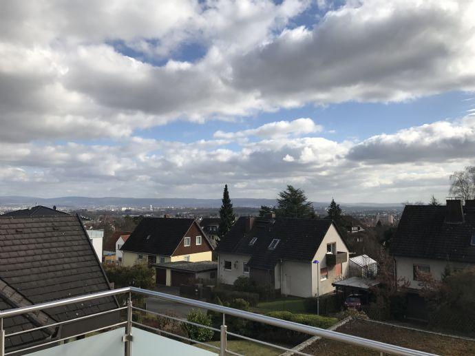 Moderne 4- Zimmerwohnung am Ziegenberg zu Vermieten !