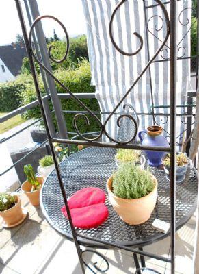 Schnuckliger Balkon mit schönem Fernblick!