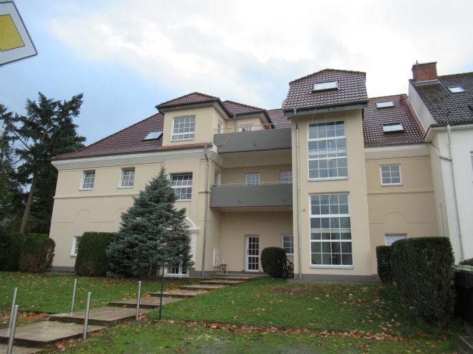 Frisch renoviert: Schöne 3-Zimmer Wohnung in idyllischer Lage