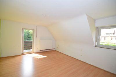 Elternschlafzimmer mit Balkonzugang