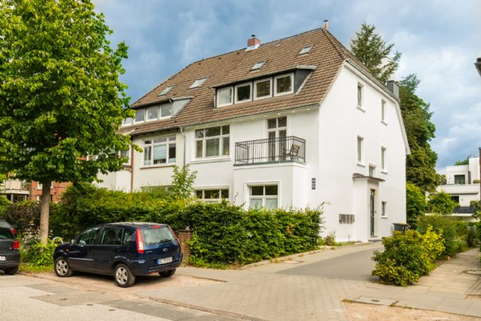 *** TOP-sanierte 3-Zimmer-Wohnung in Eppendorf ***