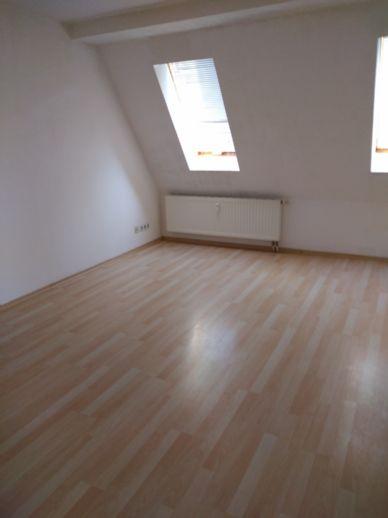 gemütliche 2-Raum-Wohnung in ruhiger Lage (*Möbelgutschein oder Elektrogutschein im Wert von 500,-€ oder 2 Monate mietfrei)