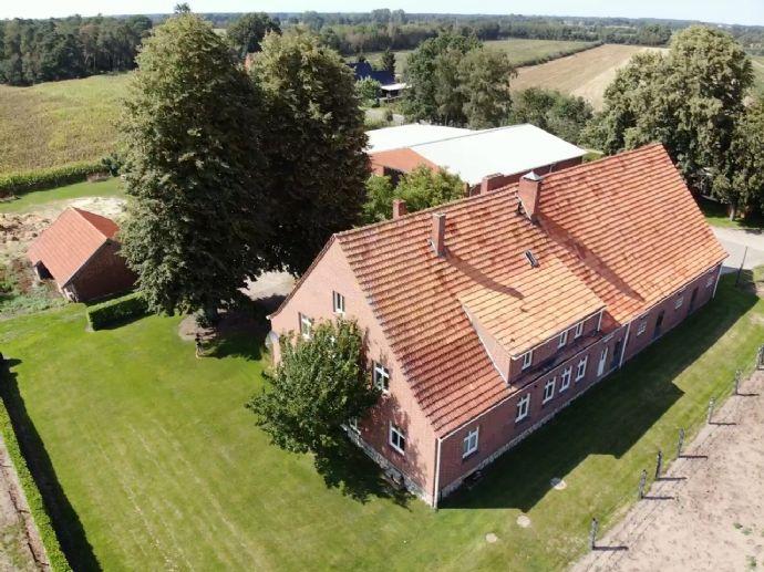 Pferdehalter AUFGEPASST!!! Pferdehof, Bauernhaus mit Pferdestallungen, 2 Wohnungen
