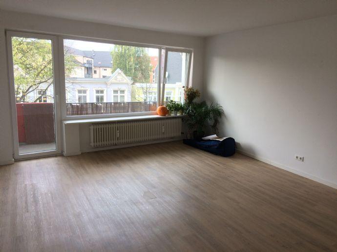 Moderne und helle 2-Zimmer-Wohnung zentral in Barmbek zu vermieten