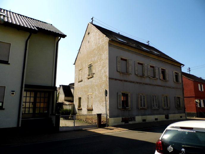 Vorankündigung! 5-Familienhaus mit Potential in Durmersheim