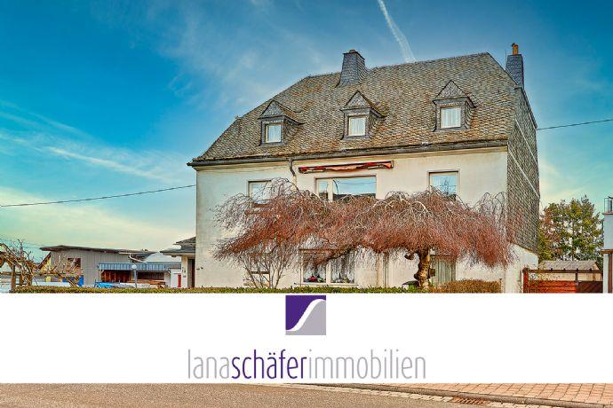 RESERVIERT Longkamp: Freistehendes Wohnhaus (2 FH) mit Garten