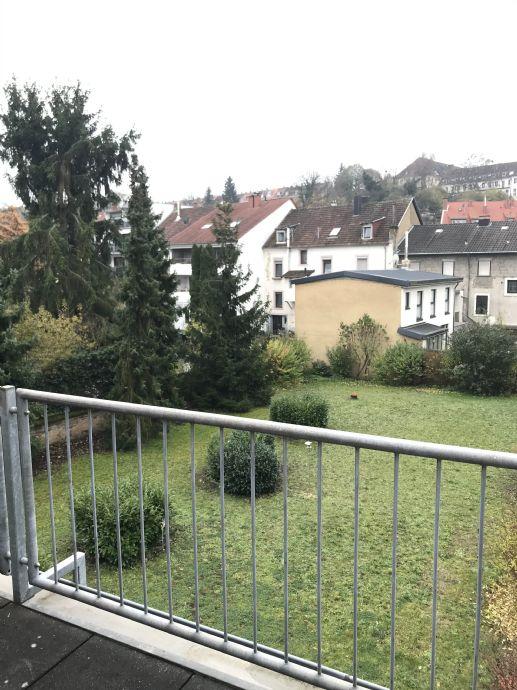 SB. St.Arnual- Schöne, helle 1ZKB Wohnung mit Balkon und Tiefgaragenstellplatz