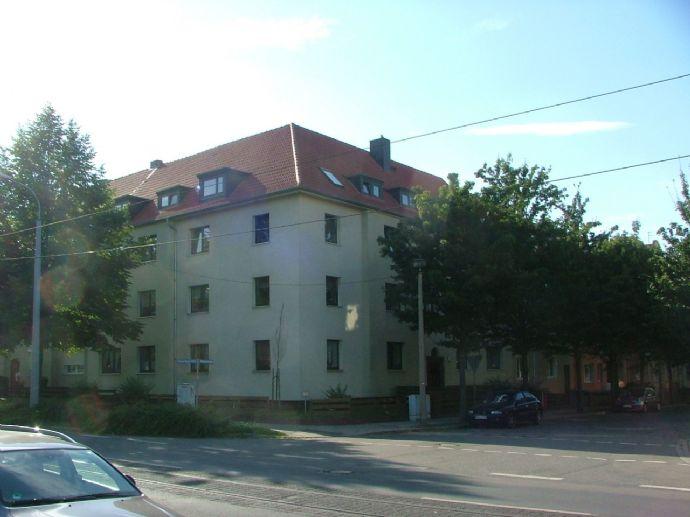 2-Raum-Wohnung in bahnhofsnähe mit Balkon
