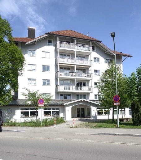 Geräumige großzügige 2 Zimmerwohnung mit Wohnküche und großem Balkon