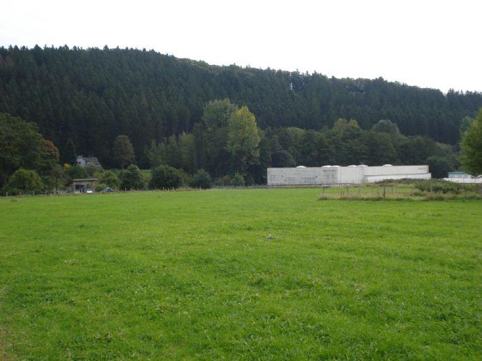 KAPITALANLAGE !!! 1078 m² Ackerland an Gewerbegebiet angrenzend
