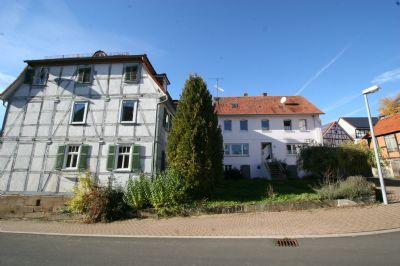 Gutshof mit angrenzendem 2 Haus, rechts, vermietet