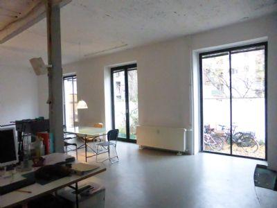 gro z giger loft k ln s dstadt n he rheinauhafen 1 arbeitsplatz einzeln zu vermieten. Black Bedroom Furniture Sets. Home Design Ideas