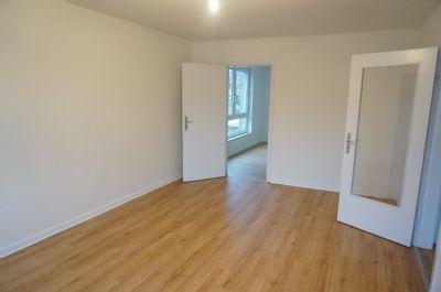 2 zimmer wohnung mit balkon in zentralster lage von elmshorn etagenwohnung elmshorn 2dwpd4c. Black Bedroom Furniture Sets. Home Design Ideas