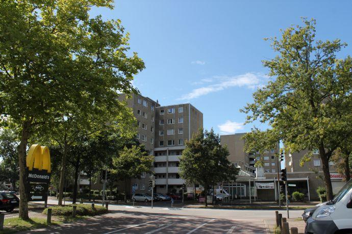 Zentrale Wohnung mit Stellplatz in Pinneberg
