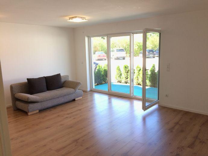 Schöne 2 Zimmer Wohnung - 5 min BAB 92
