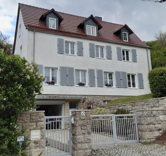 Frisch renovierte Etagenwohnung in Arnstadt Süd wartet auf Ihren Einzug!