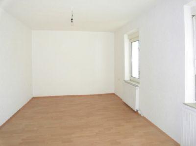 sonnige 2 zkb mit laminatb den einbauk che und gro em bad in augsburg stadtberger str. Black Bedroom Furniture Sets. Home Design Ideas